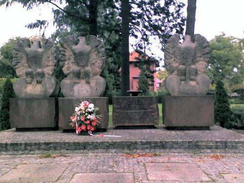 Memorial Polish 1st Army Hohen Neuendorf
