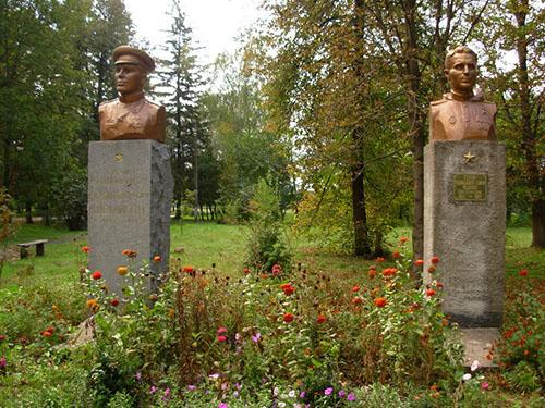 Bustes Helden van de Sovjet-Unie