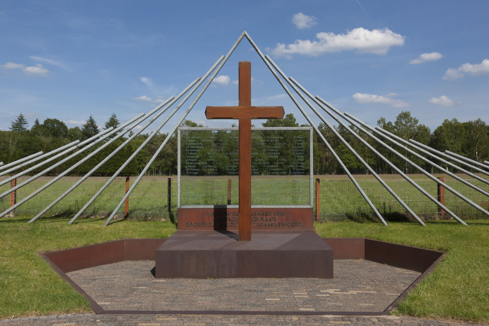Location & Memorial De Woeste Hoeve