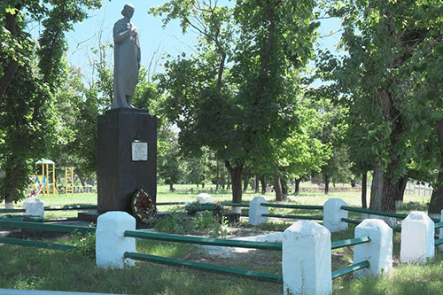Mass Grave Soviet Soldiers Husarivka