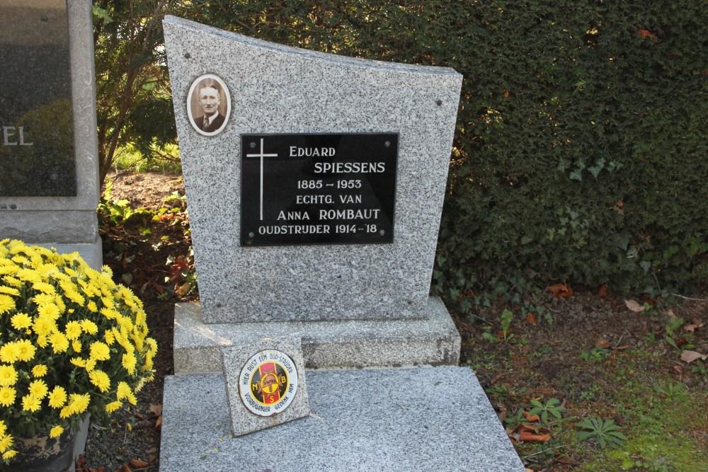 Veteran War Graves Temse