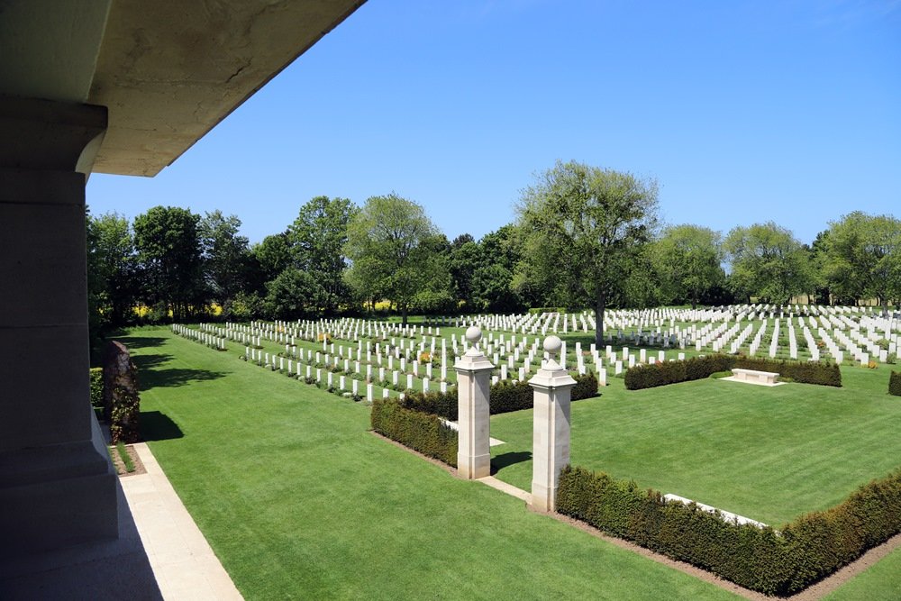 Canadian War Cemetery Beny-sur-mer