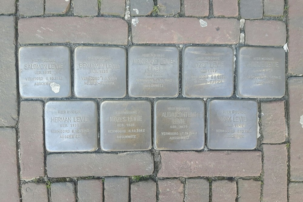 Stumbling Stones Hoofdstraat 24