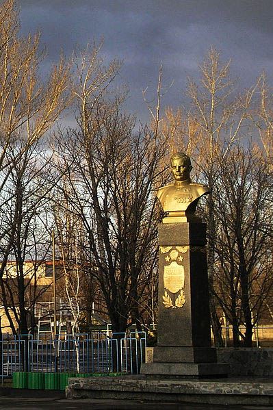 Monument Nikolai Goryushkin