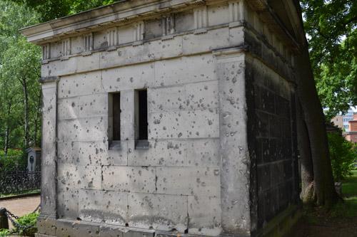 Bullet Impacts Grave Memorials Dorotheenstädtischer Friedhof