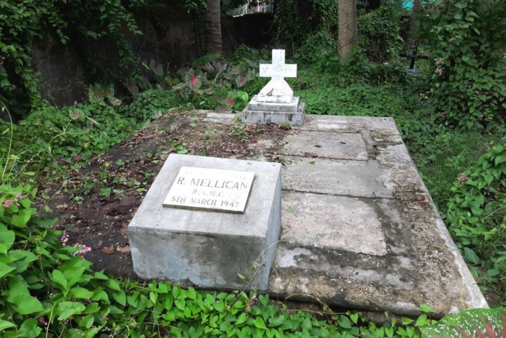 Commonwealth War Grave Moulmein Roman Catholic Cemetery