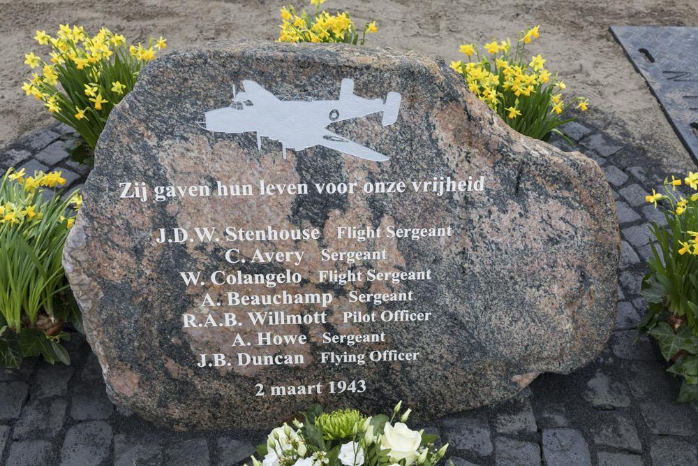 Memorial Halifax BB-223