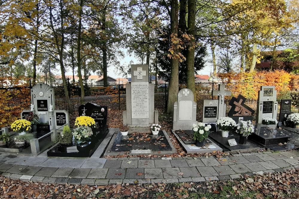Graves Civilian Casualties Roman Catholic Cemetery Sint Willebrord