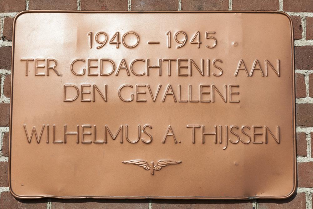 Plaque Killed Railway-Employee Zetten
