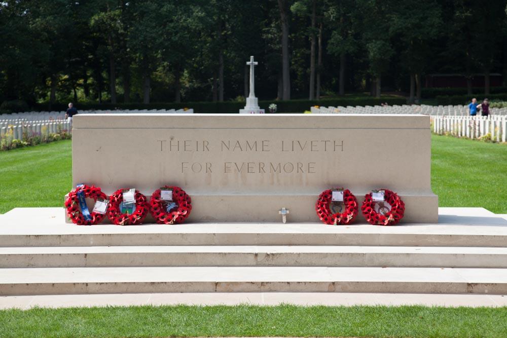 commonwealth war cemetery arnhem oosterbeek oosterbeek rh tracesofwar com