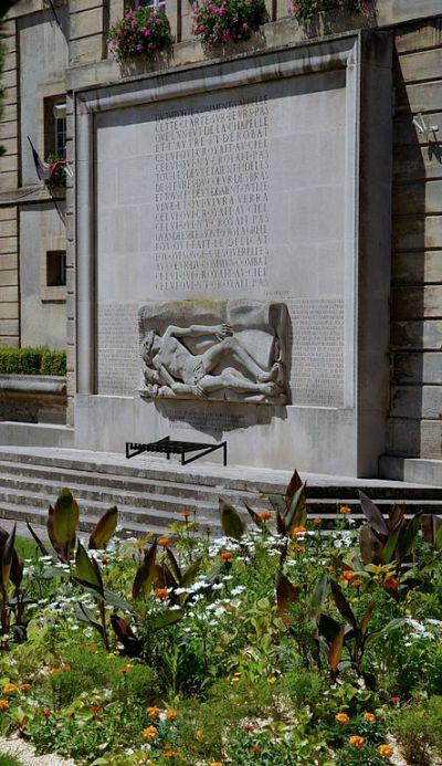 Monument Deportaties Bayeux
