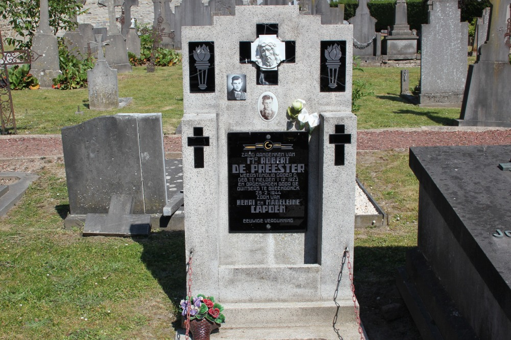 Grave Executed Resistance Fighter Nederename