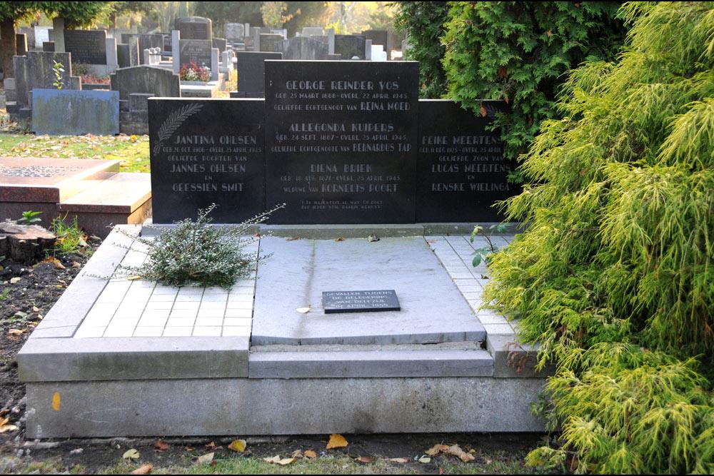 Graves Civilian Casualties General Cemetery Delfzijl