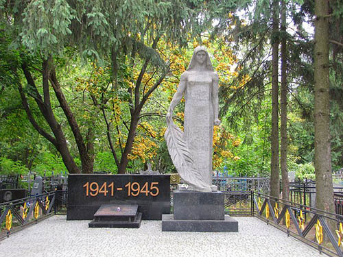 Massagraf Sovjet Soldaten Kharkiv