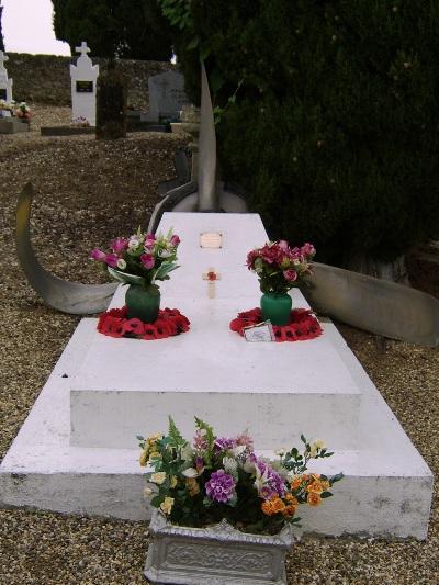 Commonwealth War Grave Feugarolles