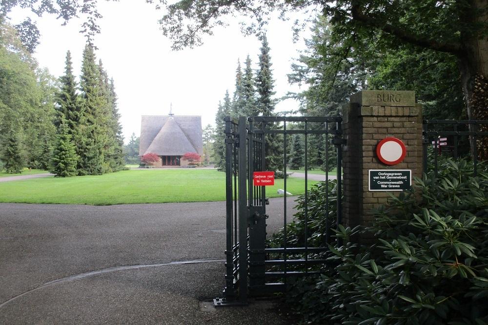 Oorlogsgraven van het Gemenebest Algemene Begraafplaats Kranenburg Zwolle