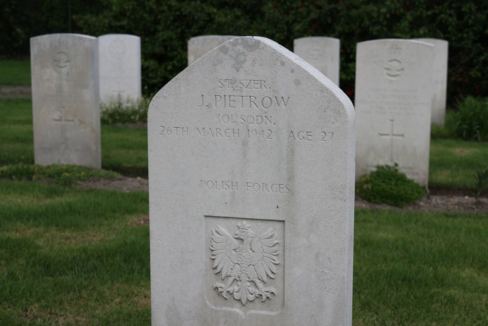 Polish War Graves War Cemetery Jonkerbos