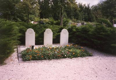 Dutch War Graves Monster