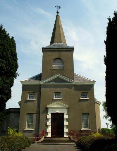 Oorlogsgraven van het Gemenebest Knockbreda Church of Ireland Churchyard