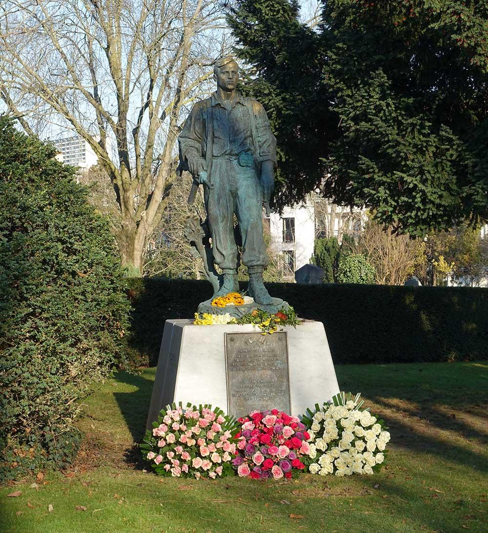 Memorial Soviet Partisans Paris