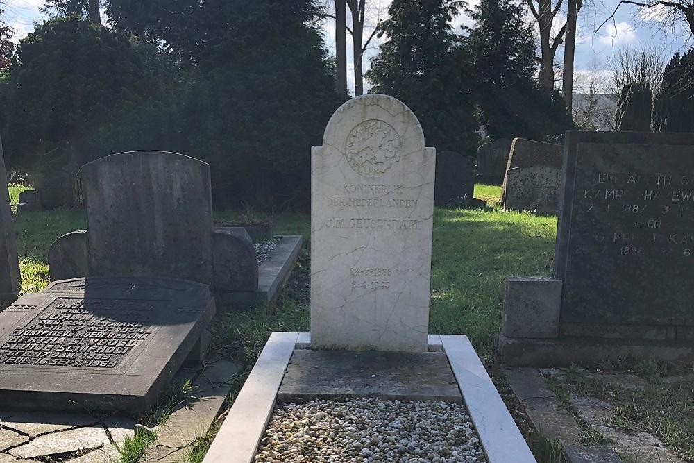 Dutch War Graves Oosterbegraafplaats Enschede