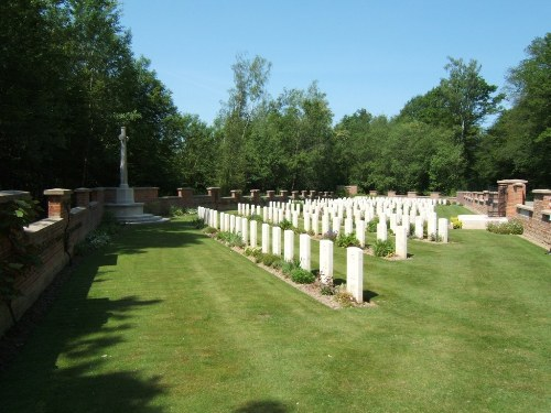Commonwealth War Cemetery Charmes