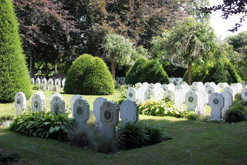 Belgische Oorlogsgraven Roeselare