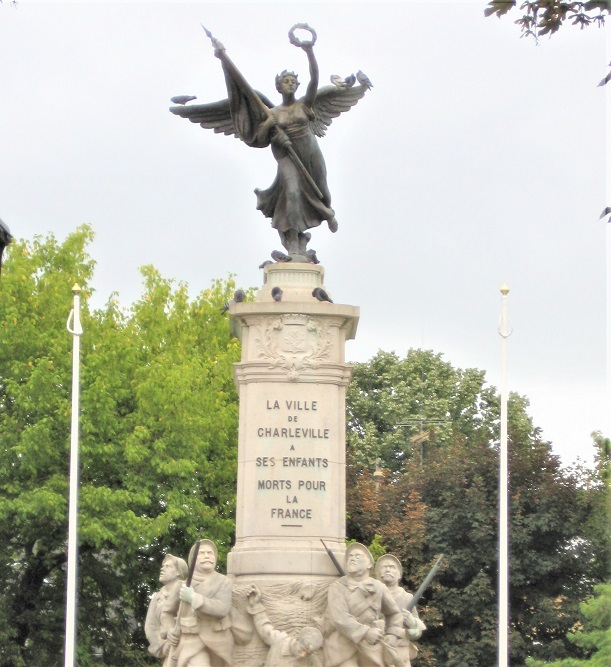 War Memorial Charleville