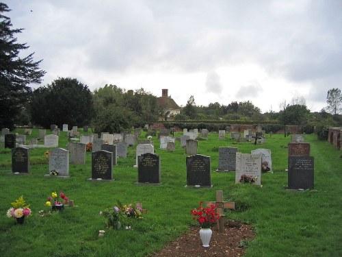 Oorlogsgraven van het Gemenebest St Paul and St Andrew Churchyard