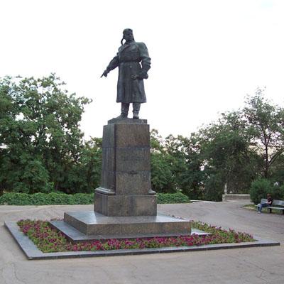 Monument Viktor Stepanovitsj Cholzoenov