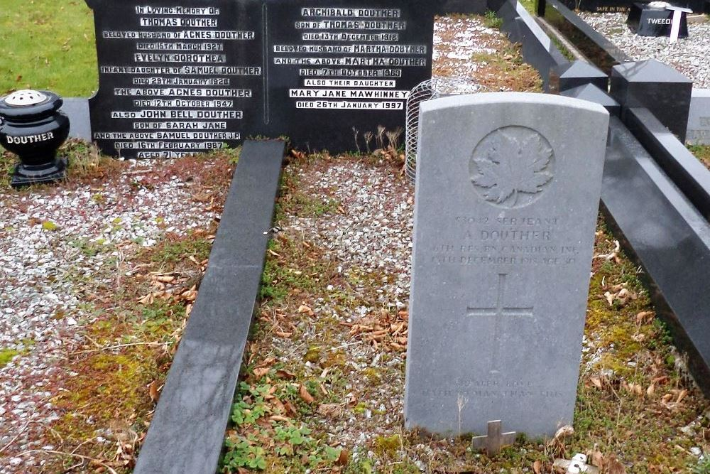 Commonwealth War Graves Ballyclare New Cemetery