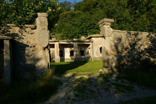 Alpenmuur - Voormalige Italiaanse Kazerne 'Porte di Fero'