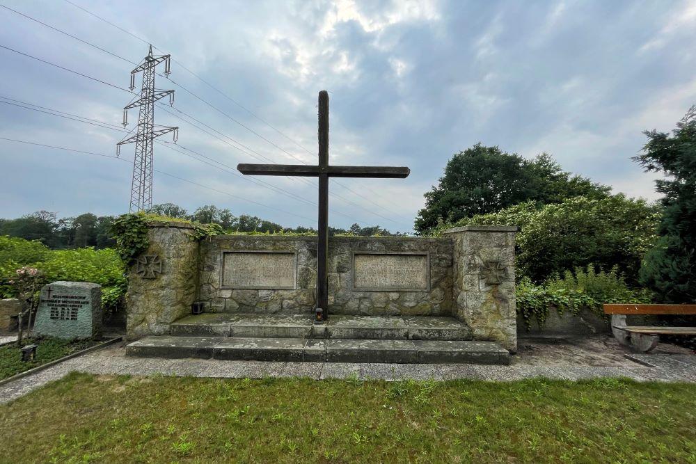 War Monument Neuenkirchen St Arnold