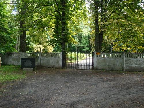Begraafplaats Slachtoffers KZ Stutthof Krepa Kaszubska