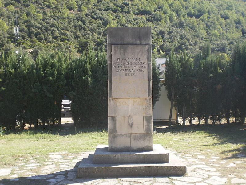 Monument Omgekomen Partizanen Ston