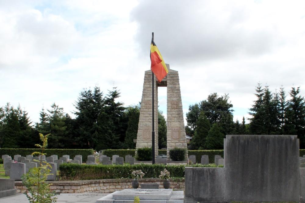 Oorlogsmonument Begraafplaats Nivelles