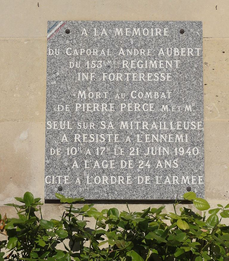 Plaque Andre Aubert