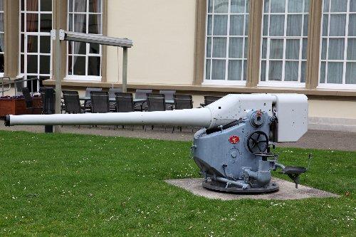 Submarine Cannon  Arnhem