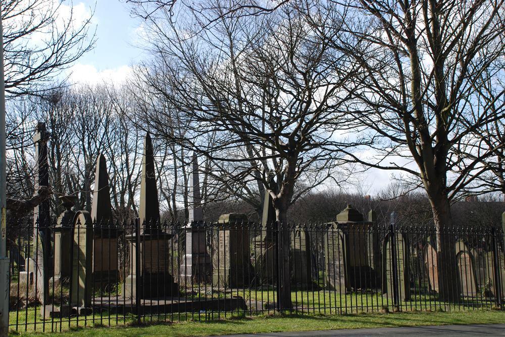 Oorlogsgraven van het Gemenebest Westoe Cemetery