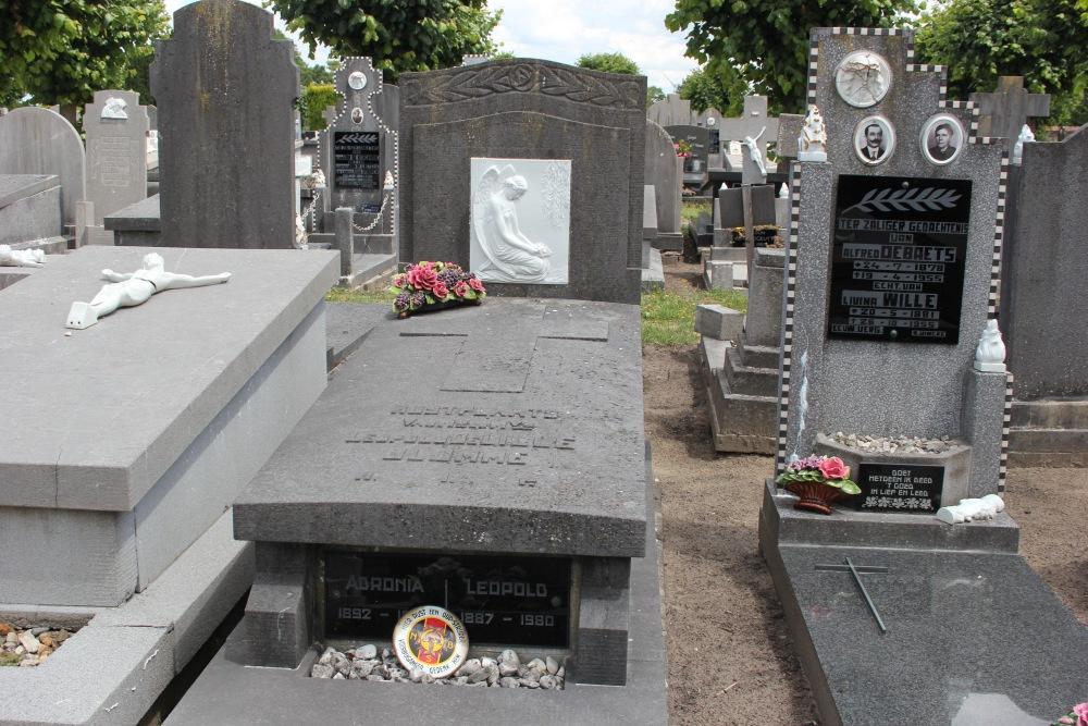 Graves War Veterans Maldegem