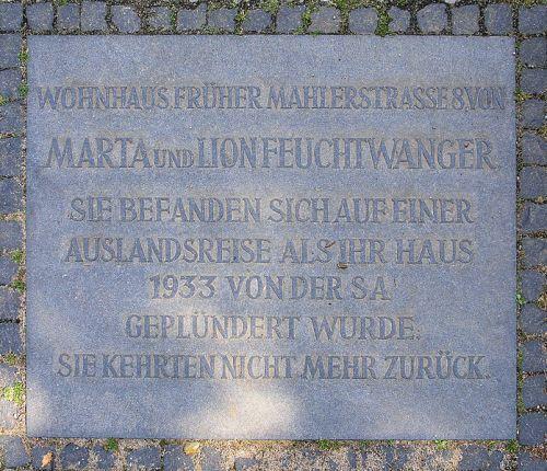 Plaquette Marta en Lion Feuchtwanger