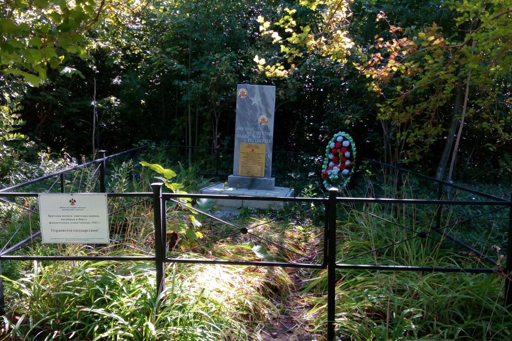 Mass Grave Soviet Soldiers Chibi