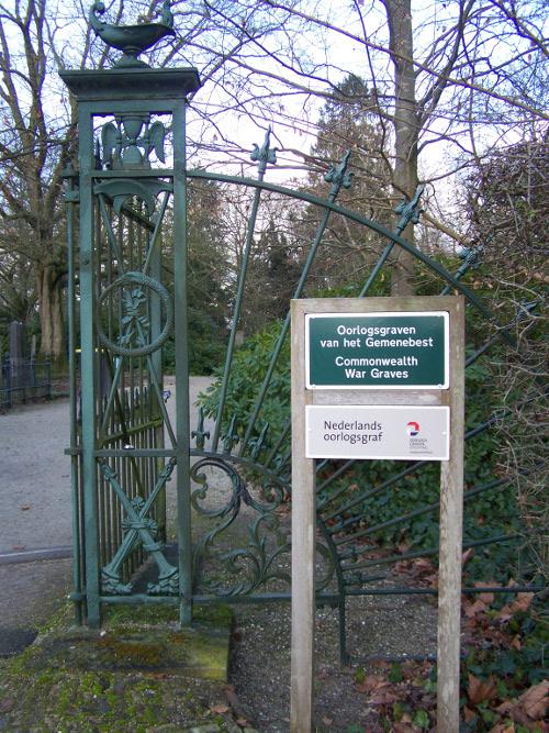 Nederlandse Oorlogsgraven Algemene Begraafplaats Ambt-Delden