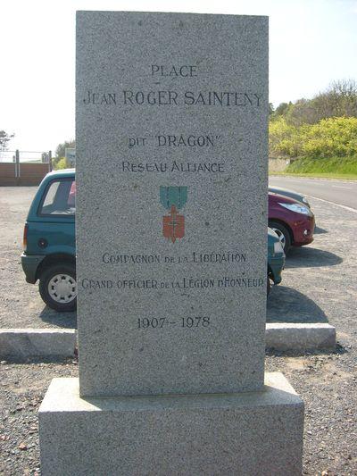 Monument Jean Roger Sainteny Vierville-sur-Mer