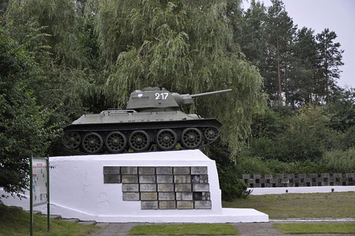 Memorial Battle of Studzianki (T-34/85 Tank)