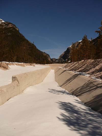Tank Barrier (Bockade Cimananche Pass)