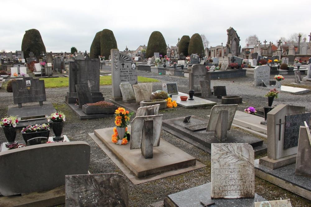 Veteran War Graves Leuze