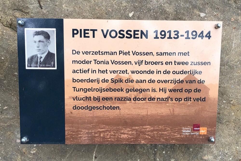 Monument Piet Vossen Heythuysen