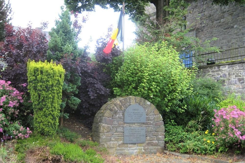 Memorial Stone Smuid