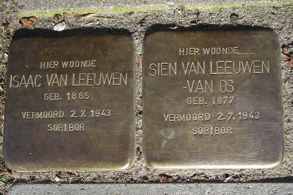 Remembrance Stones Van der Does de Willeboissingel 35